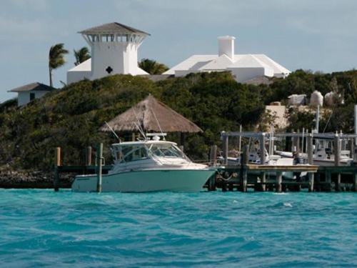 Cay: Goat Cay
