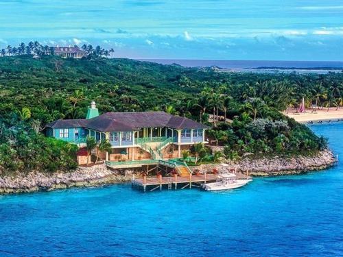 Cay: Musha Cay
